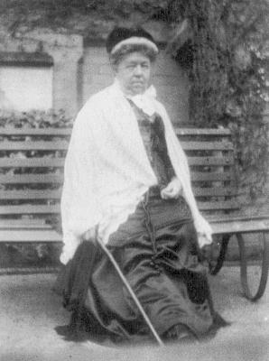 Florence Holland in 1911