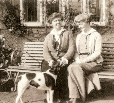 Lily and Kathleen 1921