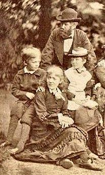 Helena Kipping (right) in 1875