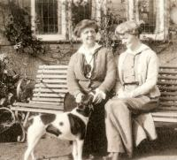 Lily and Kathleen in 1921